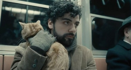Oscar Isaac and chum, INSIDE LLEWYN DAVIS