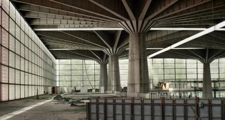 an image from 'Parabeton: Pier Luigi Nervi and Roman Concrete'